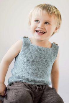 strikk-topp og bukse-dale