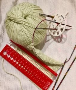 strikkepinnemåler og strikkefasthet